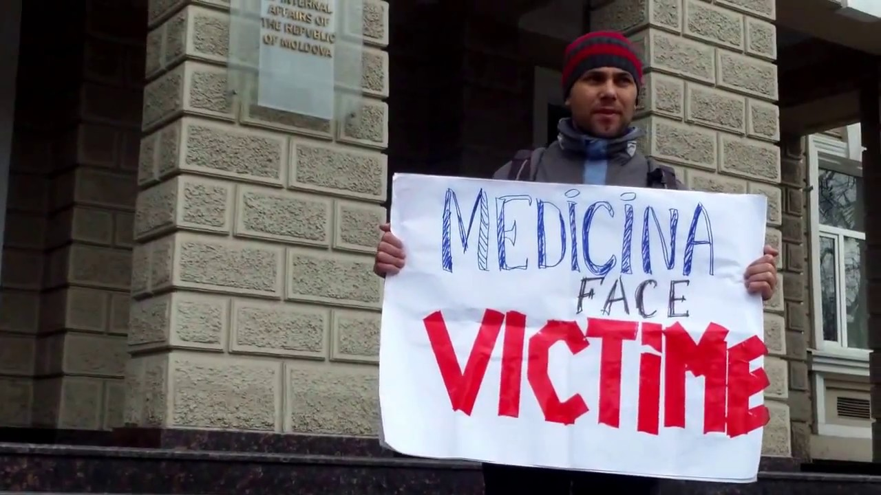 Am protestat la MAI contra abuzurilor de la Botanica