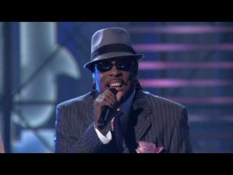 Lopez Tonight - ' There Goes My Baby ' - Charlie Wilson - Live HD