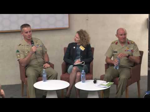 Panel discussion - Political responsibility Media obligations Commander's duty