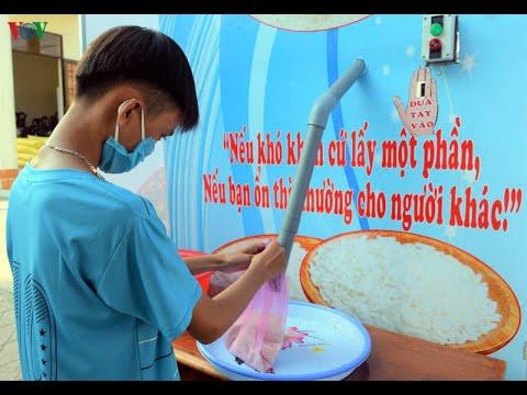 Hàng loạt báo Mỹ viết về máy ATM gạo của Việt Nam, sáng kiến từ lòng nhân ái