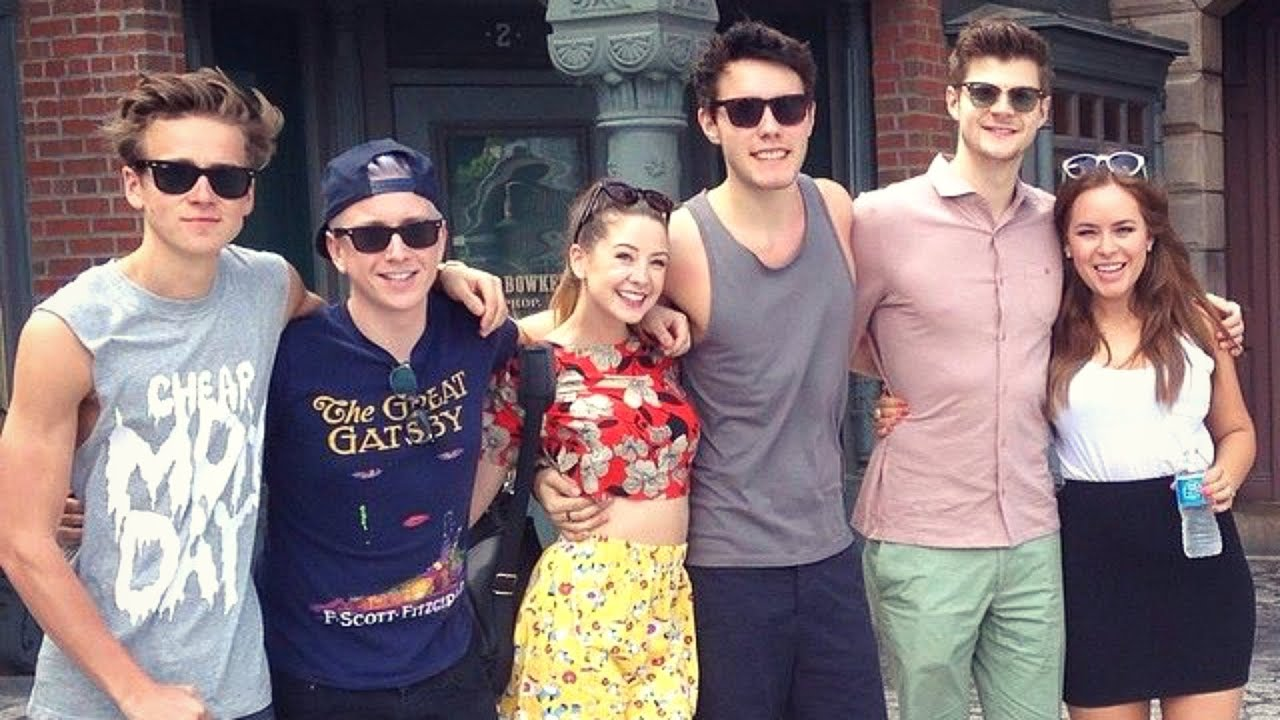 YouTubers Visit Universal Studios | Playlist Live #2 - YouTube