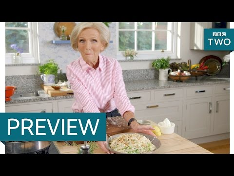 Orzo Pasta With Broad Beans, Lemon And Thyme - Mary Berry Everyday: Episode 4 Preview - BBC Two