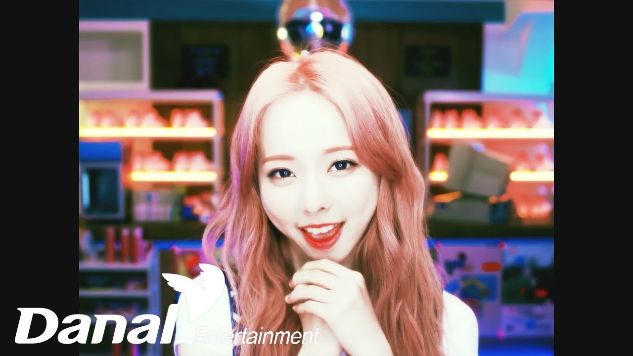 [MV] 이달의 소녀 - 'ViVi' - Everyday I Love You (Feat. 하슬) (ViVi) - YouTube