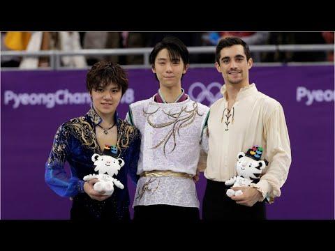 Yuzuru Hanyu Embraced Other Medalists On Poduim