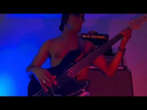 """KEOLA BEAMER """"Sweet Maui Moon"""" (bass cover)"""