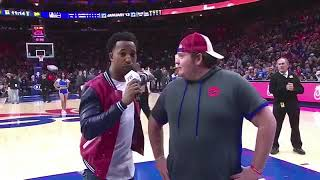 Baixar 76ERS FAN HITS HALF COURT SHOT TO WIN FREE CHICK FIL A (2017)