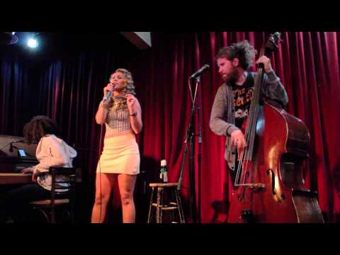 Haley Reinhart & Casey Abrams - The Way You  Make Me Feel [On MJ's B-day!]