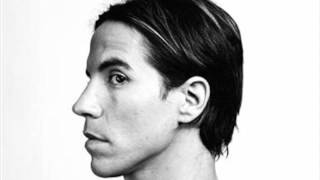 Anthony Kiedis - Girls ft. Tricky & John Frusciante