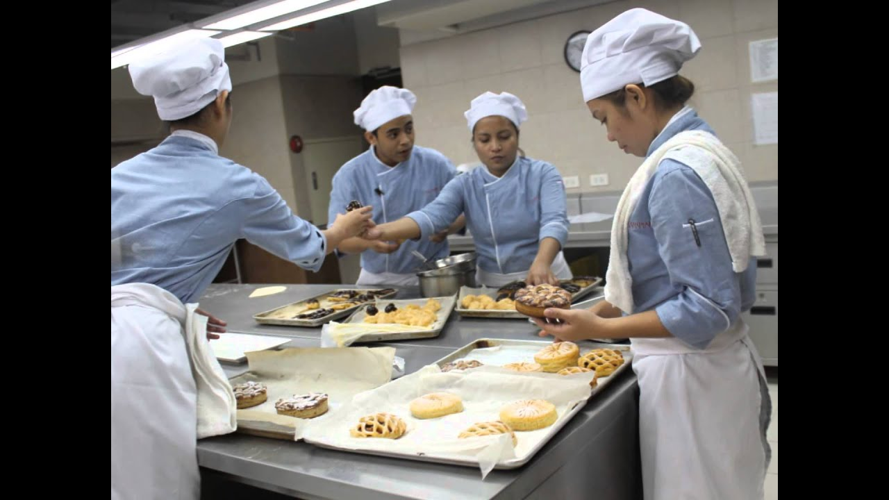 culinary art baking and pastry Enroll today in an exemplary culinary arts program taught by our renowned chefs auguste escoffier school of culinary arts is a world-class culinary school baking & pastry culinary arts online culinary program farm to table.