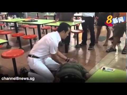 PAP's Koh Poh Koon performs emergency CPR on collapsed man