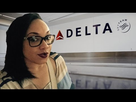 Delta Flight Crew Stop Black Dr From Rendering Aid;Allowed White Dr Instead