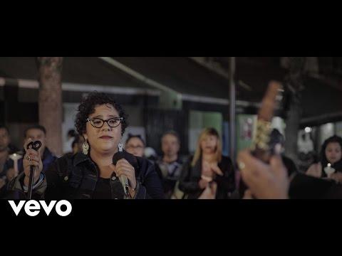 La Santa Cecilia - Amor Eterno (En Vivo)