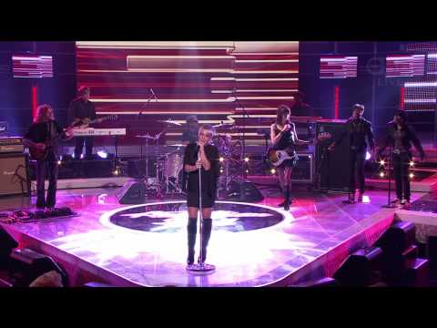 P!nk (Pink) - Sober (Australian Idol 3 Nov 2008 LIVE ) *HD* + Lyrics