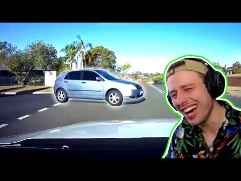 Laughing At TERRIBLE Drivers