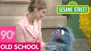 Sesame Street: Celine Dion is Happy to Meet Herry