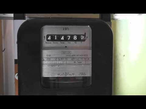 3 Phase kWh meter running backwards