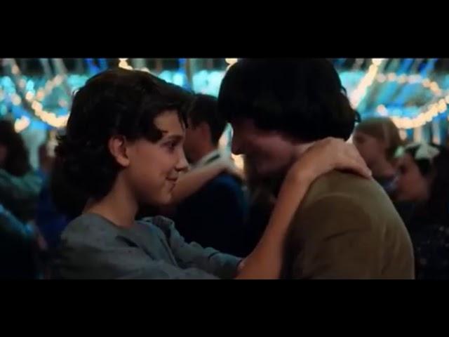 Stranger Things | Eleven & Mike Kiss Scene | Snowball Dance Scene