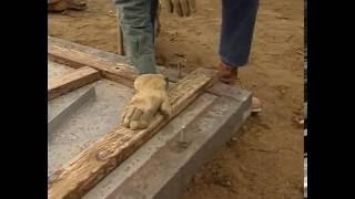 Каркасные стены. Эффективный плотник.(Ларри Хон известный на весь мир специалист по каркасному строительству, учит в своем фильме основам строит..., 2016-07-29T09:36:53.000Z)