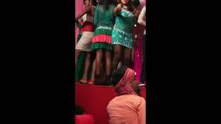 Sare Ladkonki Kardo Shaadi - Madhuri Dixit, Deewana Mujh Sa Nahin Song  stage show from sonpur mela