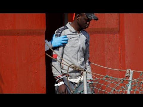 -يورونيوز- تسلّط الضوء على -ملف العنصرية- تجاه اللاجئين في إيطاليا…  - نشر قبل 21 ساعة