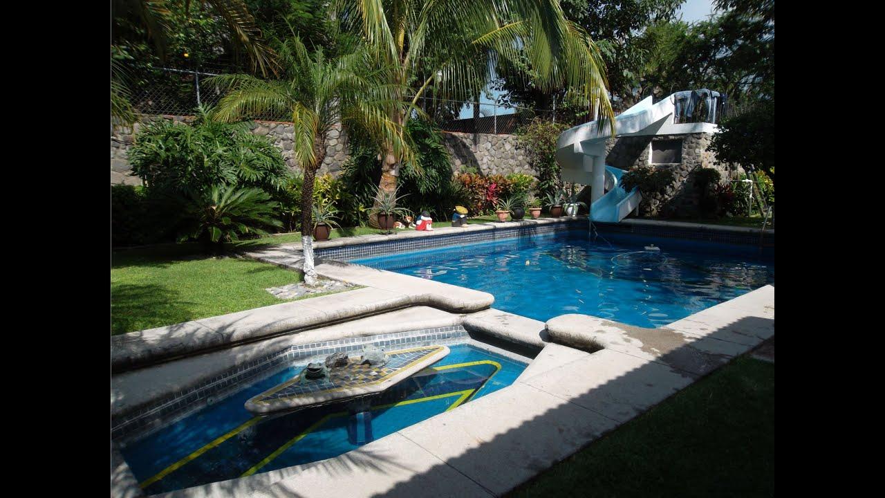 Venta casa en cuernavaca con alberca y tobogan youtube for Alberca con jardin