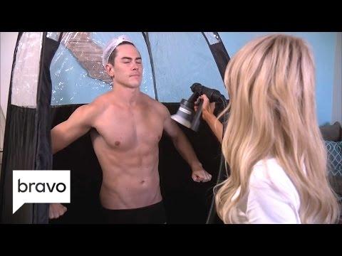 Vanderpump Rules: The Guys Get Their Spray Tan on Season 5, Episode 17  Bravo