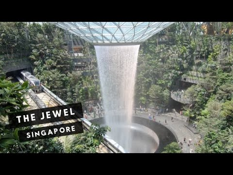 Singapore First Impressions |  Arriving and the JEWEL