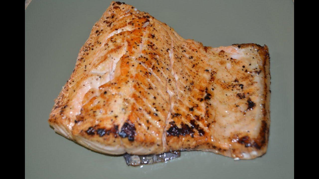Salmon frito en mantequilla youtube for Cocinar salmon