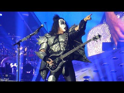 98888566 Watch Kiss Perform In London - Blabbermouth.net
