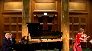 Elena Denisova con Alexei Kornienko : R. Schumann - Lebhaft op.105