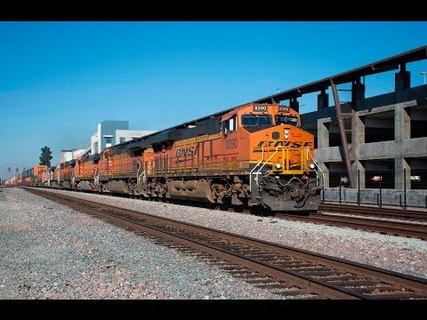 Railfanning Fullerton, CA-BNSF, Amtrak, and Metrolink