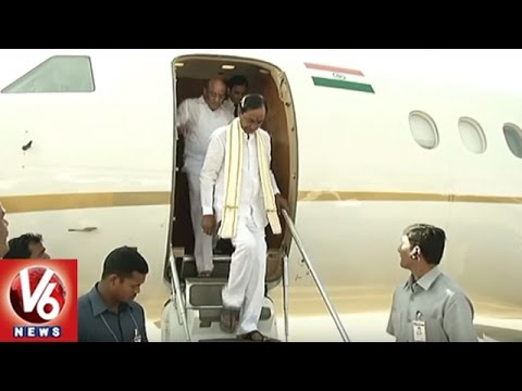CM KCR Family Arrives Hyderabad   Tirupati Tour   V6 News
