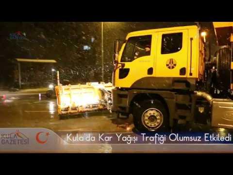 Kula'da Kar Yağışı Trafiği Olumsuz Etkiledi