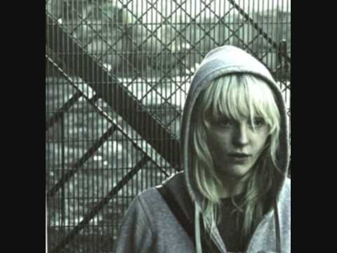 LAURA MARLING-MY MANIC AND I