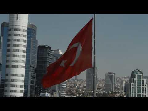 """Турецкие БПЛА продолжают - """"Bayraktar TB2"""" """"спалил"""" транспортный самолет сразу после посадки в Ливии"""
