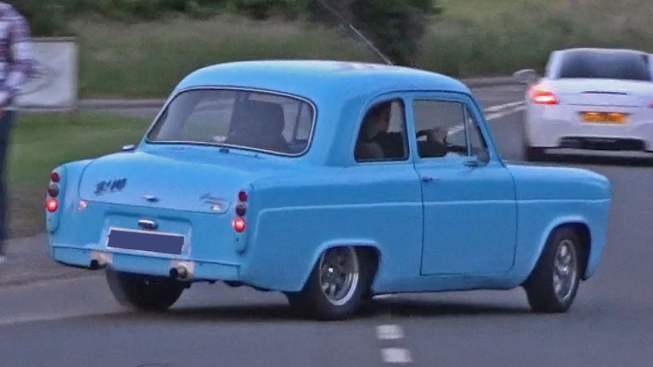 Ford 100e leaving a Car Meet - YouTube