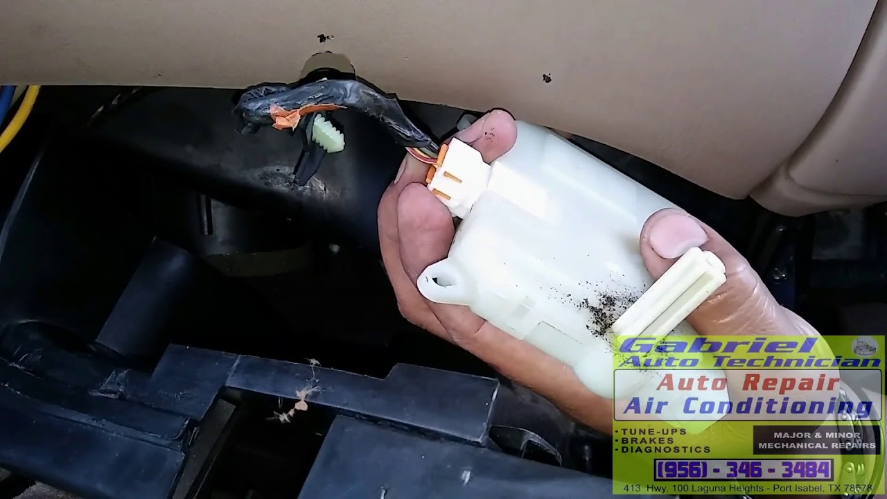Blend Door Actuator Stuck On Hot Troubleshooting And Repair Fixed Ford F150 2002 Youtube