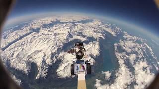 Schweizer Schüler schicken Playmobil-Männchen ins All