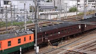 旧型客車クモヤ143-52牽引で移動