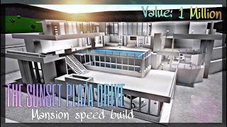 Bloxburg Speed Build Step1 // The Sunset Plaza Modern Mansion: Making the Outside Shell !! (ROBLOX)