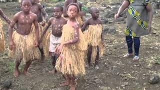赤道ギニアの田舎町の小学校