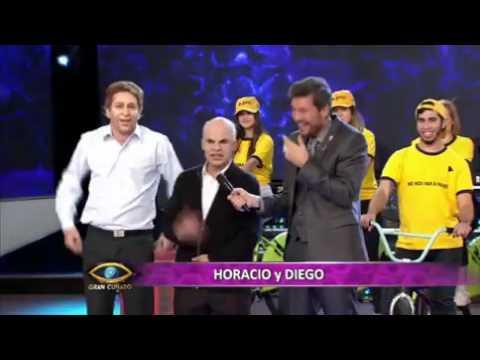 Horacio y Diego entraron pedaleando a la casa de Gran Cuñado