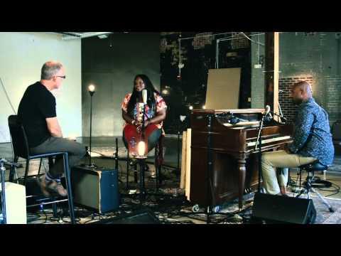 Tasha Cobbs // Jesus Saves // New Song Cafe
