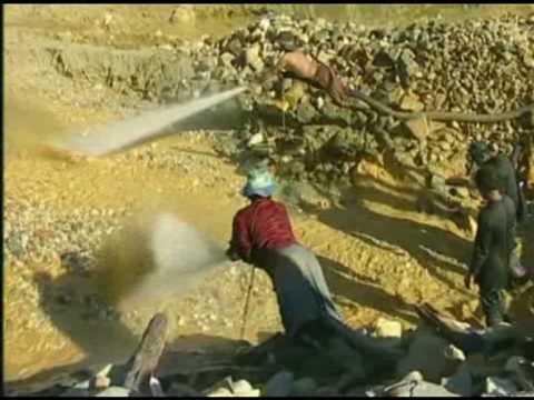 Kwik in Suriname - Deel 1 - Mensen worden langzaam vergiftigd, maar niemand wil het zien.