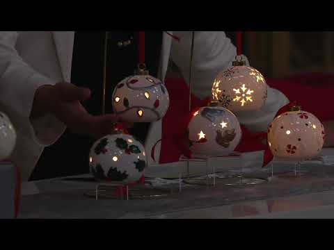 lightscapes-set-of-5-lit-porcelain-ornaments-with-gift-boxes-on-qvc