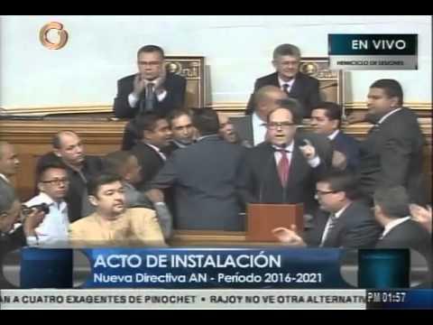 (Globovisión) Bancada chavista se retira tras violación del reglamento por Julio Borges