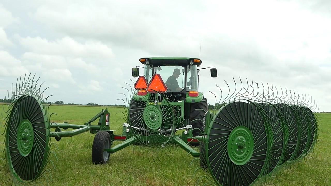 Frontier WR0010 Carted Wheel Rake: