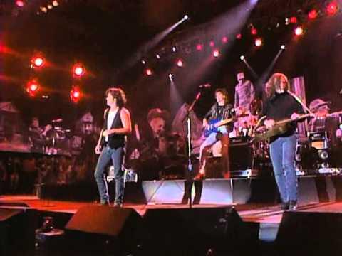 John Mellencamp - Paper in Fire (Live at Farm Aid 1990)