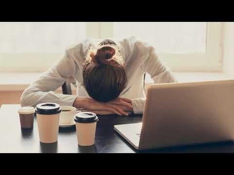 Как быстро взбодриться на работе, если хочется спать?