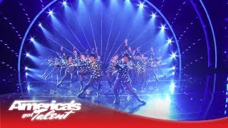 The Rockettes Perform a New Routine - America's Got Talent 2013 Finale streaming